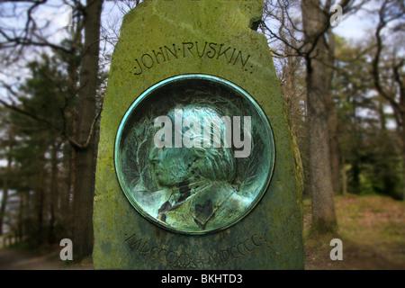 John Ruskin Monument on Frier Crag Derwent Water - Stock Photo