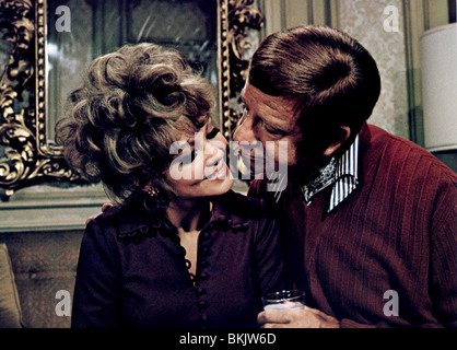 PLAZA SUITE (1971) BARBARA HARRIS, WALTER MATTHAU PLZ 003FOH - Stock Photo