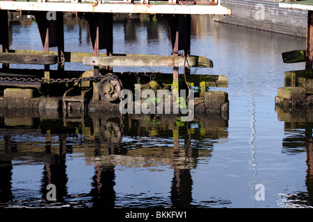 Lock gates at Latchford locks on the Manchester Ship Canal - Stock Photo