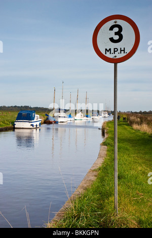 3 MP maximum speed limit sign on the Norfolk Broads, England - Stock Photo