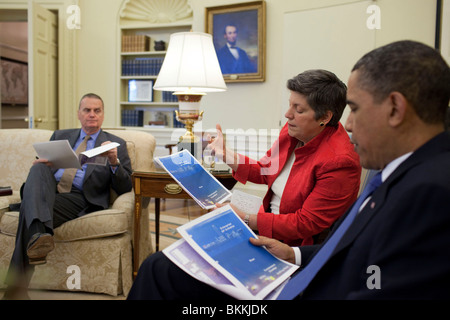 Obama meets with Homeland Security Secretary Janet Napolitano and senior administration officials - Stock Photo