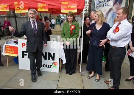 Paul Flynn (left) Labour Party candidate seeking re-election in Newport West campaigning with Harriet Harman in - Stock Photo
