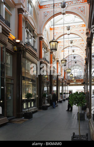 Originally known as The Arcade it was renamed the Royal Arcade after one of the shirtmakers was patronised by Queen - Stock Photo