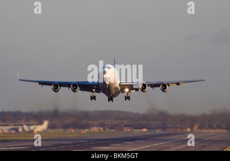 CU-T1254 Cubana Ilyushin Il-96-300 taking off from London Gatwick Airport. - Stock Photo