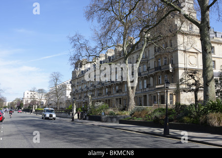 Cambridge Terrace is situated on the eastern side of Regents Park on Outer Circle,designed by John Nash 1825. - Stock Photo