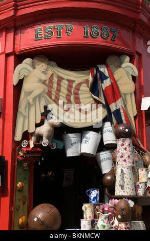 Antique shop ALICE'S, Portobello Road Market Notting Hill West London England UK - Stock Photo