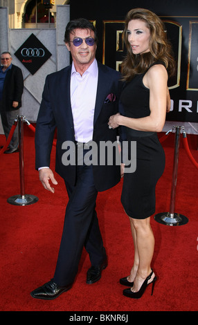 SYLVESTER STALLONE JENNIFER FLAVIN WORLDWIDE PREMIERE OF IRON MAN 2 HOLLYWOOD LOS ANGELES CA 26 April 2010 - Stock Photo