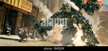 TRANSFORMERS (2007) IRONHIDE MICHAEL BAY (DIR) TRRS 001-11 MOVIESTORECOLLECTION LTD - Stock Photo