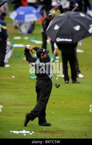 Golfers practise their driving despite the welsh rain at the Celtic Manor Wales Open 2008 - Stock Photo
