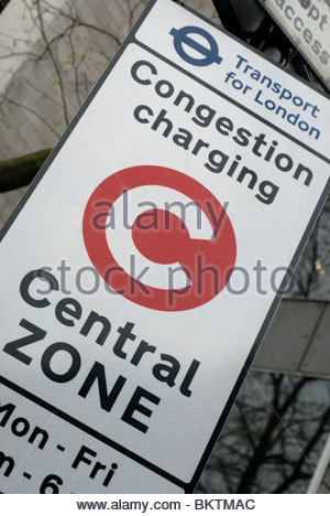 London UK Congestion charge sign, and area where congestion pricing is made during peak periods. - Stock Photo