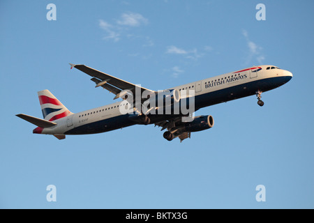 A British Airways Airbus A321-231 coming in to land at London Heathrow, UK.  August 2009. (G-EUXF) - Stock Photo