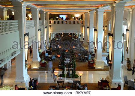 Lobby of the Four Seasons Hotel, Ratchadamri, Pathumwan, Pathum Wan district, Bangkok, Krung Thep, Thailand, Asia - Stock Photo