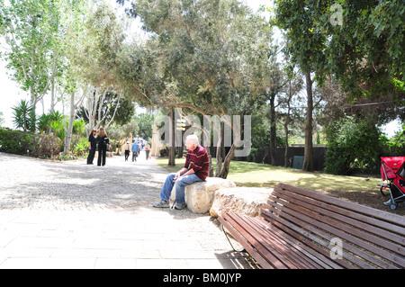 Israel, Haifa, Gan Ha'em ('the mother's garden') on the Carmel Mountain - Stock Photo
