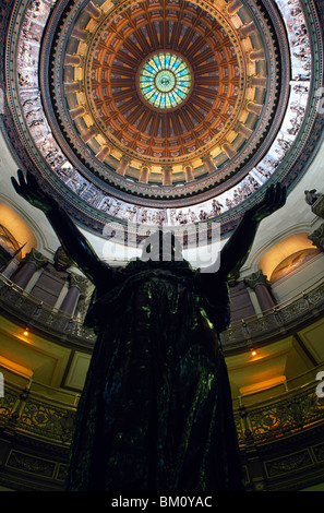 Statue in a government building, Illinois State Capitol, Springfield, Illinois, USA - Stock Photo