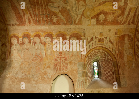 UK, England, Herefordshire, Kempley, St Mary's church medieval wall paintings of apostles sitting in judgement - Stock Photo