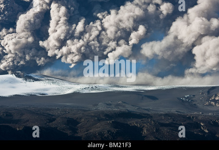 Ash cloud fallout from the Eyjafjallajokull eruption in Iceland - Stock Photo
