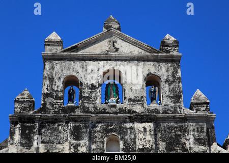Iglesia de Guadalupe, Guadalupe Church, originally a fortress, Granada, Nicaragua, Central America - Stock Photo