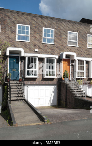 Close up of a modern terraced townhouse property on Shaftesbury Way, Twickenham, Middx, UK. May 2010 - Stock Photo