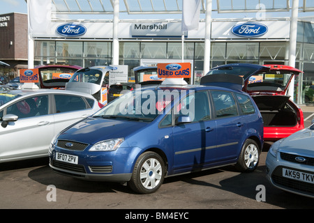Used Cars For Sale At A Car Lot In Sydney Australia Stock Photo 58829492 Alamy