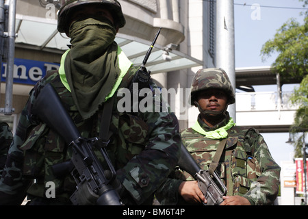 On May 19th, Thai soldiers at Chit Lom. - Stock Photo