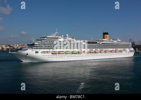 Tourism in the Mediterranean. The cruise liner Costa Pacifica departing from Malta - Stock Photo