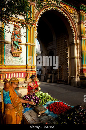 A vegetable seller in the old town in Ahmedabad, Gujurat India - Stock Photo
