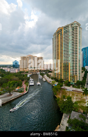 The New River passes through the city center of Fort Lauderdale, Florida, USA - Stock Photo