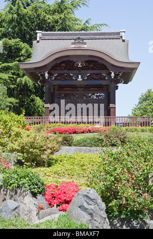 Japanese Gateway Chokushi-Mon (Gateway of the Imperial Messenger) Kew Gardens