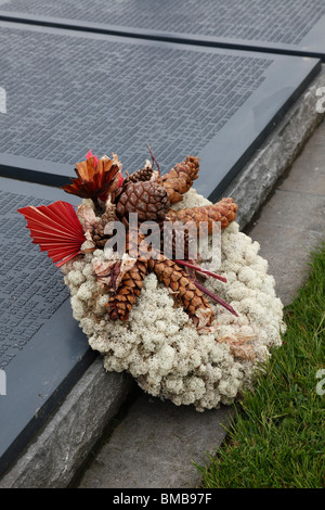A wreath at a German First World War cemetery in Vermandovillers northern France - Stock Photo