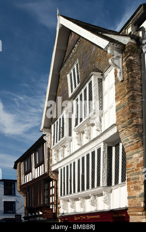 UK, England, Devon, Dartmouth, Smith Street, historic timber framed former Merchants' House - Stock Photo