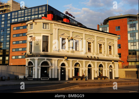 The Baltic Fleet, a traditional Liverpool Dockside public house surrounded by new developments as the dock area - Stock Photo
