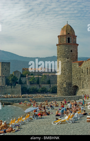 Calliore, France, Tourists on Holiday in South of France Coastal Town,  French Monument - Stock Photo
