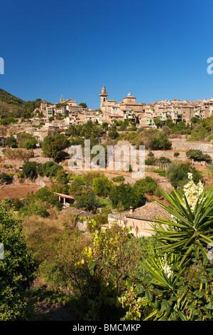 Valldemossa hilltop town in summer Majorca Mallorca Spain Europe EU - Stock Photo