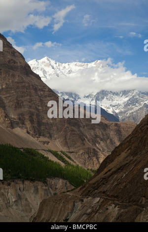Looking up the Hunza Valley towards Karimabad, Hunza, Pakistan - Stock Photo