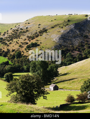 peak district landscape with fields and dry stone walls. The valleys of the river manifold and river dove, dovedale - Stock Photo