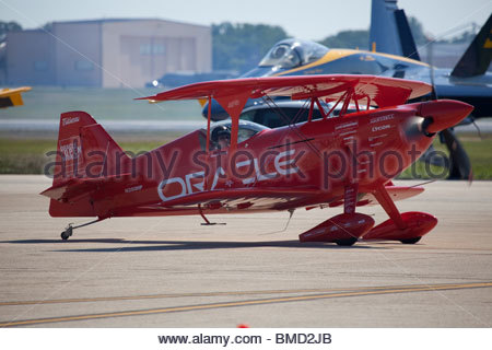 Sean D Tucker, one of the best aerobatic pilot in the world, in his Challenger II plane - Stock Photo