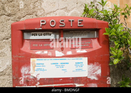poste Italian Italy post office mail box boxes mailbox snail mail europe european letters letter parcels parcel - Stock Photo