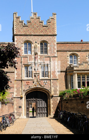 Jesus College Gatehouse, Cambridge, England, UK - Stock Photo