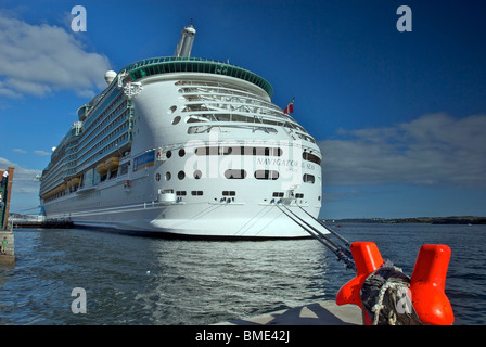 The Royal Caribbean cruise liner the Navigator of the Seas - Stock Photo