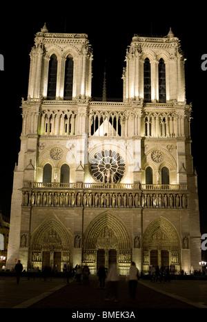 NOTRE DAME DE PARIS PARIS, FRANCE - Stock Photo