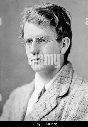 Undated portrait photo of Scottish engineer and television pioneer John Logie Baird (1888 - 1946). - Stock Photo