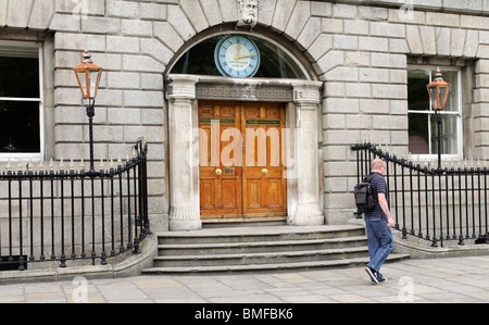 The Royal College of Surgeons in Ireland building on St Stephens Green Dublin Ireland founded in 1784 - Stock Photo