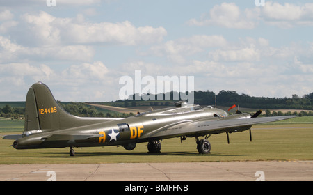 Boeing B-17G Flying Fortress Duxford Aero Museum - part of the Imperial War Museum. The B-17G (the major production - Stock Photo