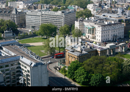 Elevated view of Lanesborough Hotel, Apsley House and Wellington Arch on Hyde Park Corner, Belgravia, London, UK - Stock Photo