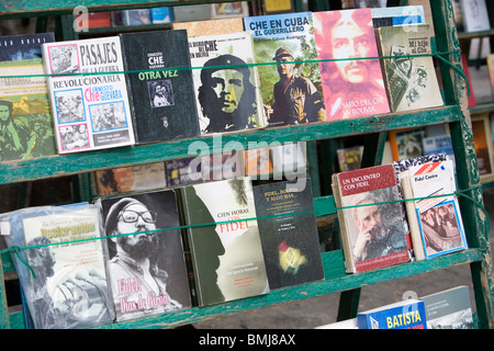 Books about Che Guevara, Cuba, Fidel Castro and Socialism are sold in the square in old Havana, Cuba. - Stock Photo