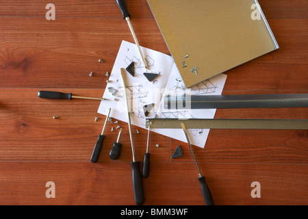 Self assembly ikea furniture instructions and screwdriver for Tools to assemble ikea furniture
