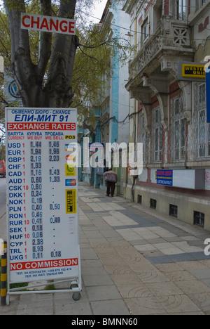 currency exchange office bureau de change donetsk ukraine stock photo 59549857 alamy. Black Bedroom Furniture Sets. Home Design Ideas