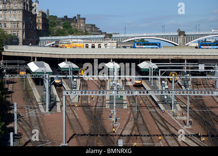 Waverley Station in the centre of Edinburgh, Scotland. - Stock Photo