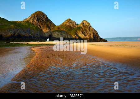 Three Cliffs Bay, Gower peninsula, South West Wales, dawn. - Stock Photo