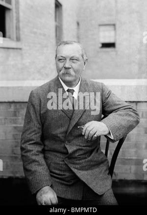 Undated photo of Scottish author Sir Arthur Conan Doyle (1859 - 1930) - creator of fictional detective Sherlock - Stock Photo